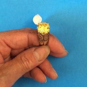 Citrine stone ring